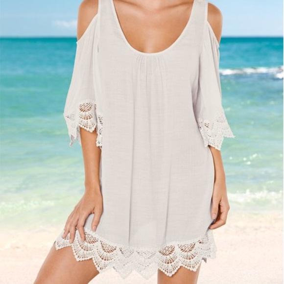 776348521f8 Venus ivory off white cold shoulder dress. M 5a8cc7ac9d20f061db903a07